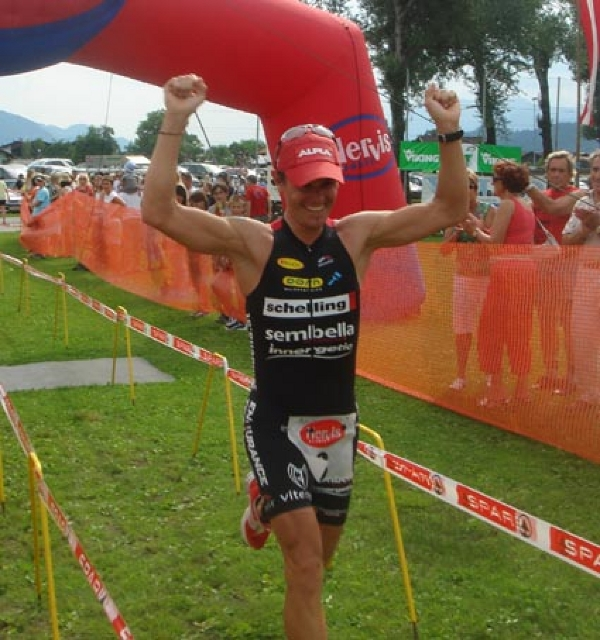 TriathlonKirchbichl07_ThomasFinish.jpg